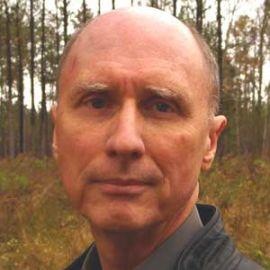Robert Olen Butler Headshot