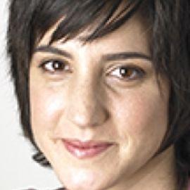 Rachel Simmons Headshot