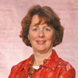 Suzanne Erickson Headshot