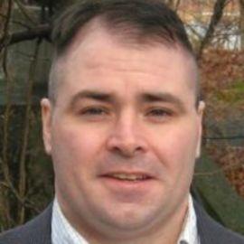 Dan Flynn Headshot