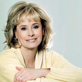 Kathy Reichs Headshot
