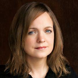 Carolyn Jessop Headshot