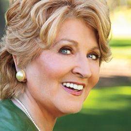 Fannie Flagg Headshot