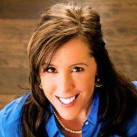 Jill Carnahan Headshot