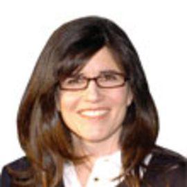 Julie Matthews Headshot