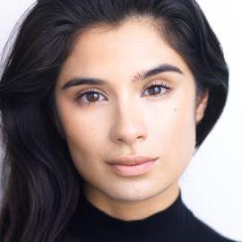 Diane Guerrero Headshot