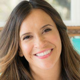 Robyn Moreno Headshot