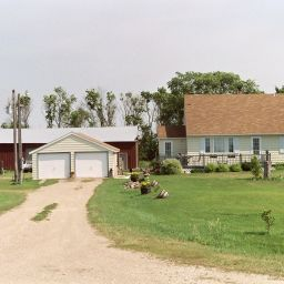 3 beds 2 baths on county road 16