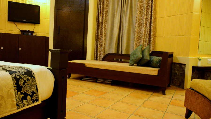 Kadkani Riverside Resorts, Coorg Coorg Den Room Kadkani Riverside Resort Coorg 7