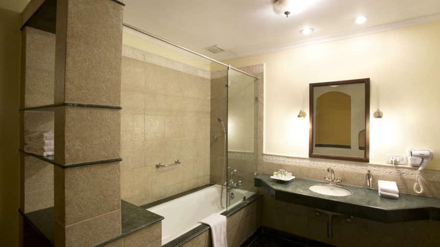 The Haveli Hari Ganga Hotel, Haridwar Haridwar Bathroom