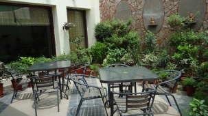 Hotel Ratnawali, Jaipur Jaipur E. Garden Restaurant Hotel Ratnawali Jaipur